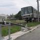 鉄道総研、世界で初めて超電導ケーブルによる電車の走行試験に成功