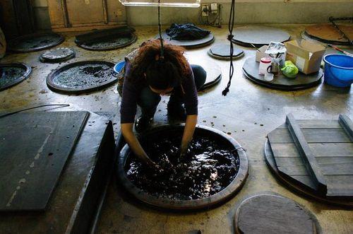 写真:盛岡手づくり村の染め物体験