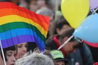LGBTの人々が働きやすい職場づくりをめざして