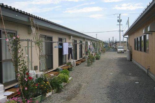 写真:原発避難民仮設住宅