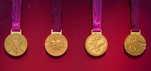 写真:ロンドン五輪の金メダル