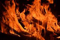 東大、京大、NIMS、発火しない安全な高性能電解液を開発