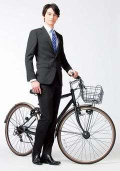 JFS/AOKI Releases Business Suits for Bicycle Commuters