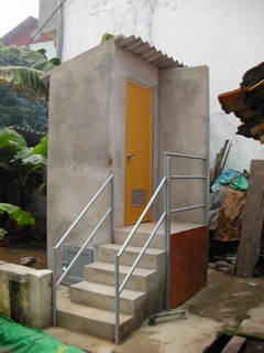 Ecological_Waterless_Toilets