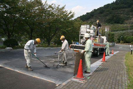 JFS/New Road Pavement Tech Cleans VOC from Cars